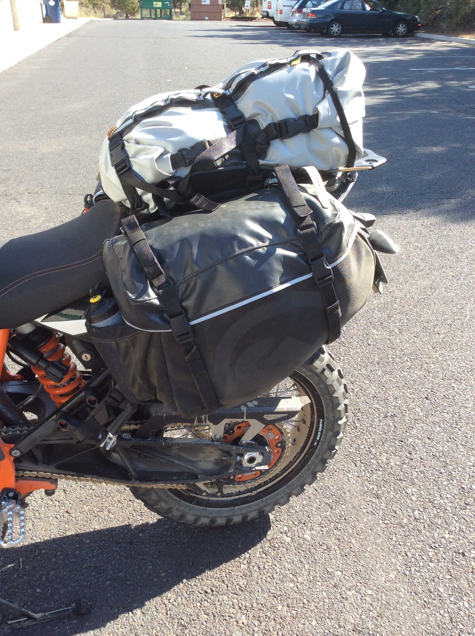 tech tip: siskiyou panniers on ktm 1190 adventure r - rackless