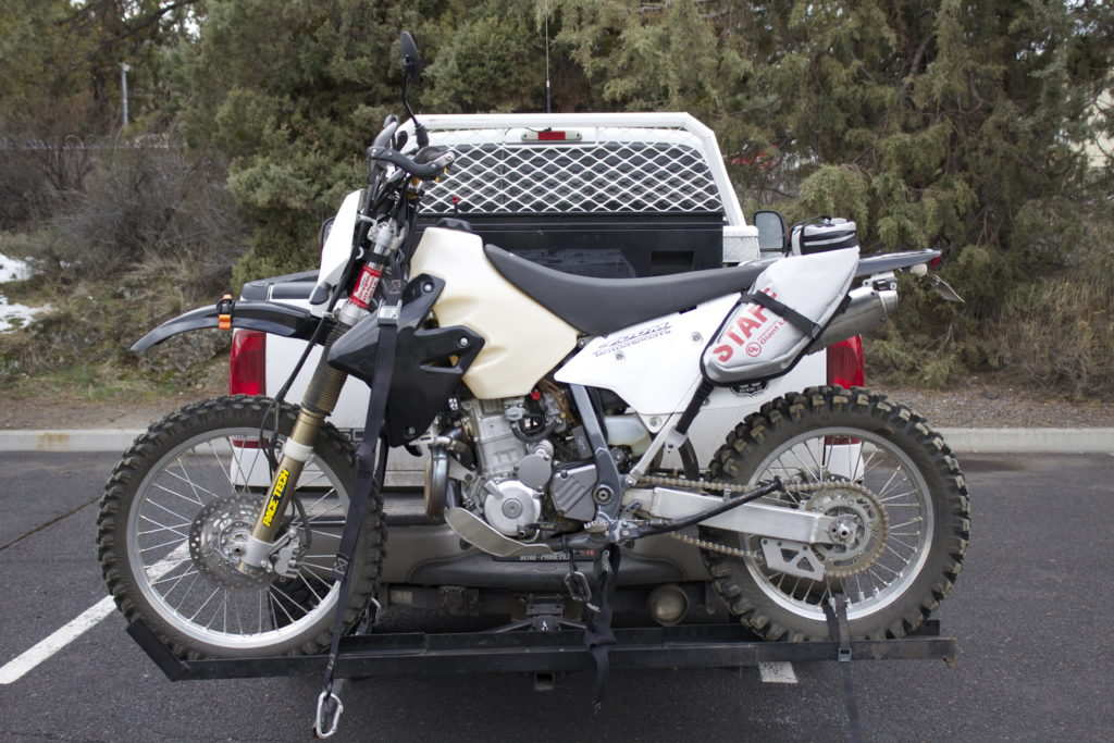 Suzuki DRZ400 with MoJavi Saddlebag and GL Mounts