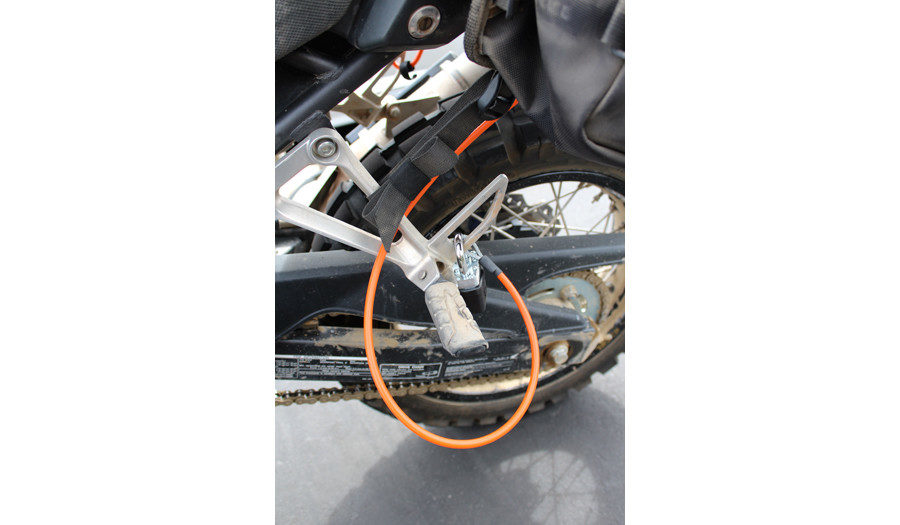 Quickloop 84-inch Security Cable Siskiyou Panniers