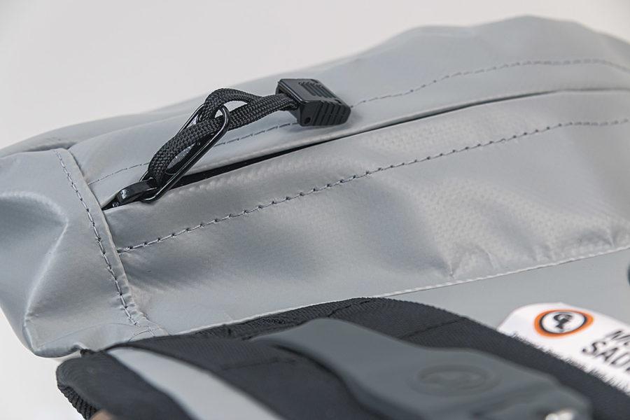 MoJavi Saddlebag with water resistant YKK zippers by Giant Loop