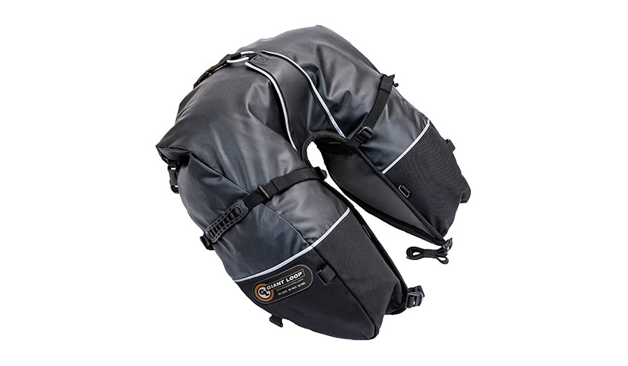 CSB17-RT-B Coyote Saddlebag Roll Top Black