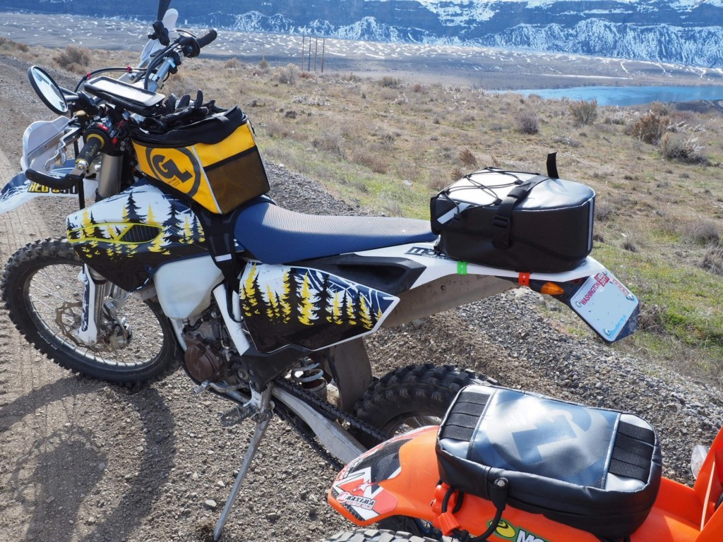 Husqvarna FE501 with Fandango Pro Tank Bag Klamath Tail Rack Pack and KTM with Giant Loop Fender Bag