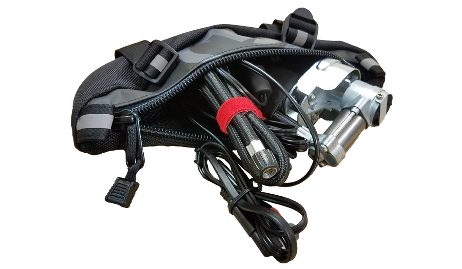 Motopressor Pocket Pump with the GL Zigzag Handlebar Bag